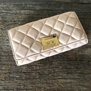 Michael Michael Kors Quilted Wallet